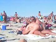 Porno am Strand mit einem amateur paare